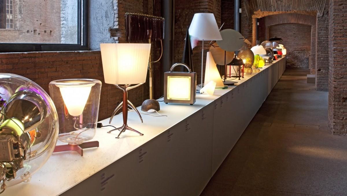 Oggetti d 39 arredo essenziali e di design le lampade for Oggetti d arredo particolari