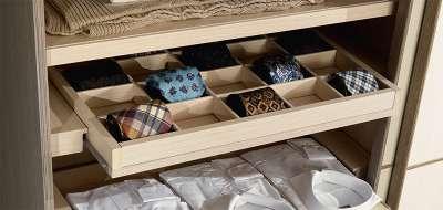 Porta cravatte in legno
